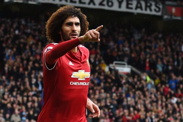 Man united phạm sai lầm khi không gia hạn Fellaini