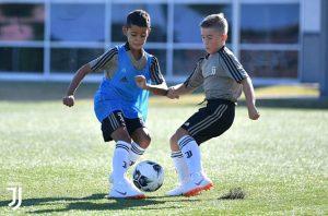 Con trai Ronaldo đầu quân cho đội trẻ Juventus