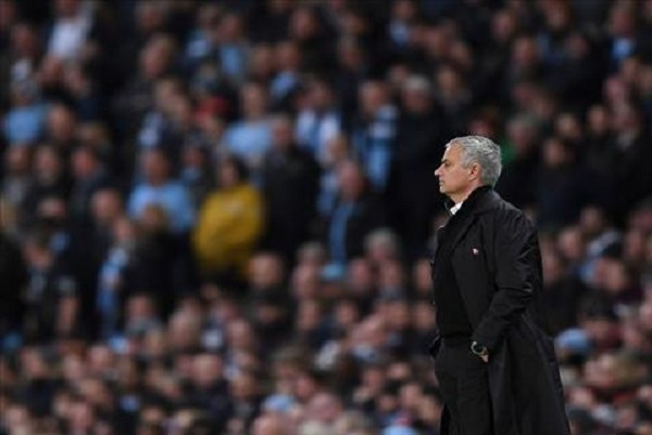 Mourinho tự tin top 4