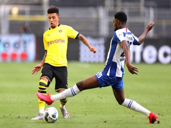 Sancho hết thăng hoa, Dortmund thắng vất vả
