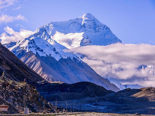 Giải mã giấc mơ thấy núi là điềm báo lành hay dữ?