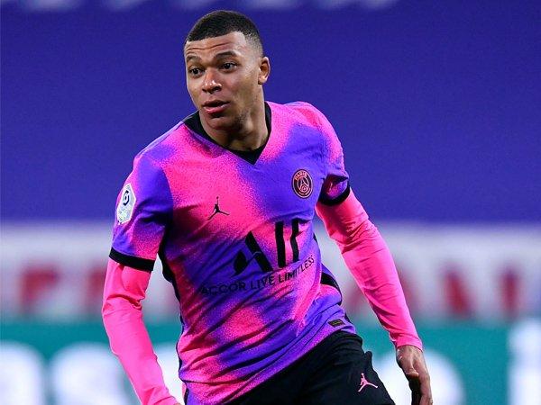 Tin bóng đá tối 31/3: HLV ĐT Pháp cảnh báo tiền đạo Kylian Mbappe